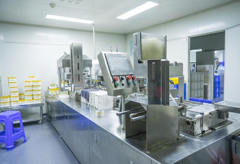 Disposable production equipment for quantitative venous blood collection